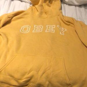 obey hoodie very cool